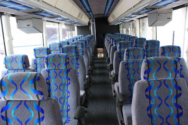 30-person-shuttle-bus-rental-high-point